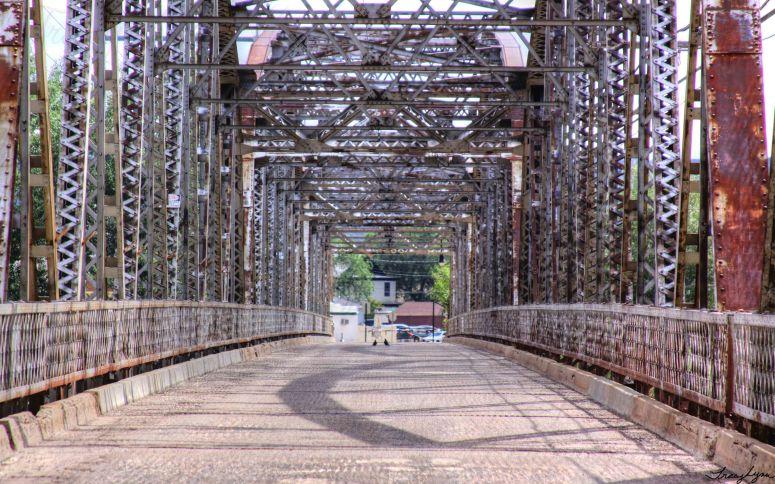 Bell Street Bridge