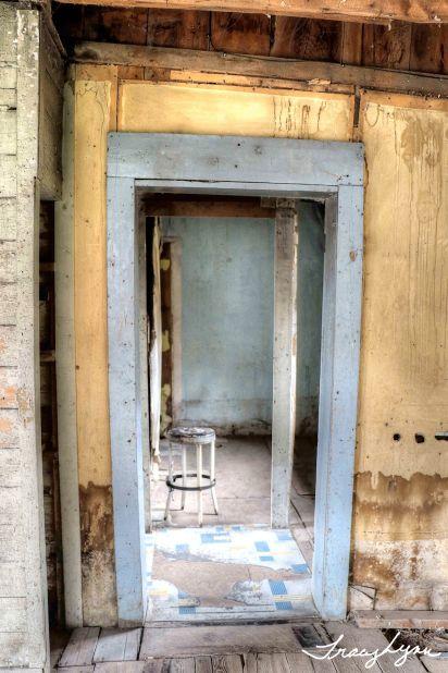 Doorway 05